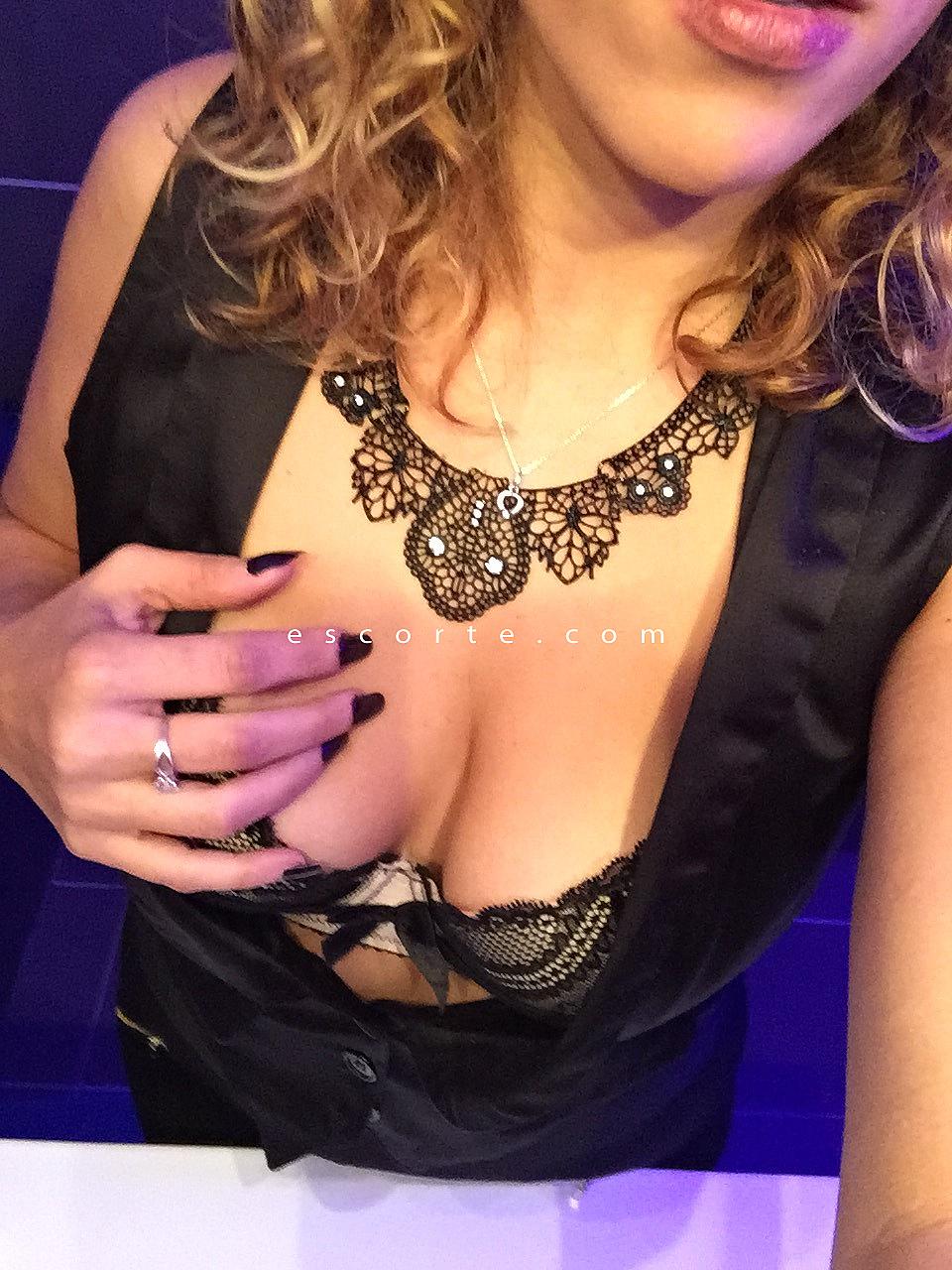 sexe hard français escort girl a caen