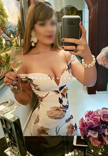 Alanasexy30 - Girl escort Paris