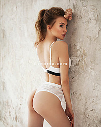 Varya - Female escort Paris