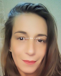 Bella - Female escort Nîmes