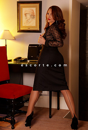 Debora-liz - Girl escort Paris