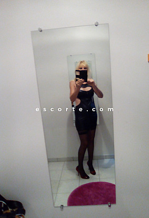 ELISA51 - Girl escort Reims