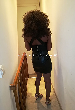 Lovette - Girl escort Lille