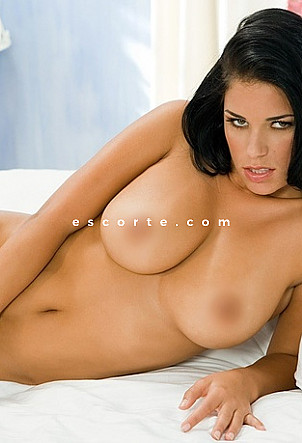 jeannelux - Girl escort Paris