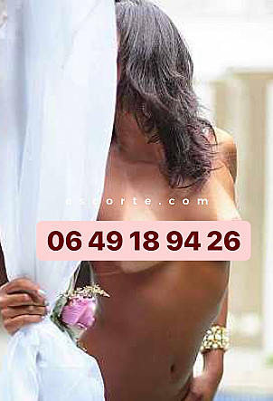 Natalia - Girl escort Mâcon