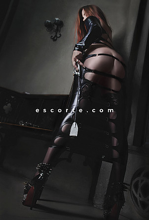 Mistress Lagerta - Girl escort Bordeaux