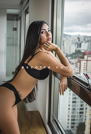 GABRIELA - Girl escort Toulon