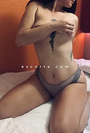 BelleFrancaise - Girl escort Toulouse