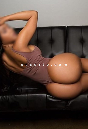 yasminne - Girl escort Grenoble