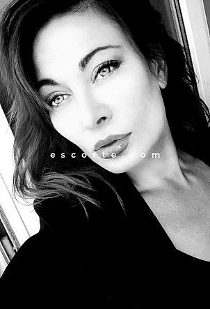VictoriaCharme - Girl escort Lyon