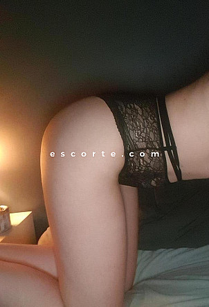 Laura - Girl escort Nantes