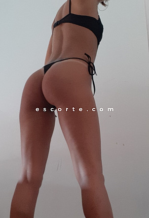 Jahanna - Girl escort Cannes