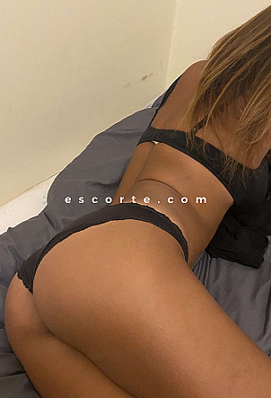 Chloevalentine - Girl escort Paris