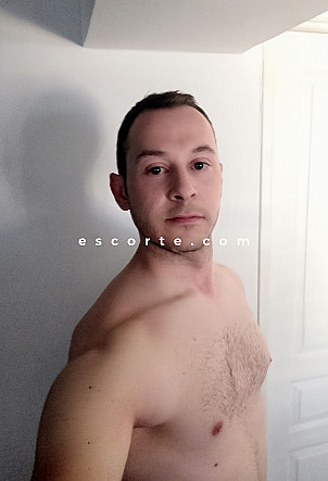 Alex90 - Males escort Toulon